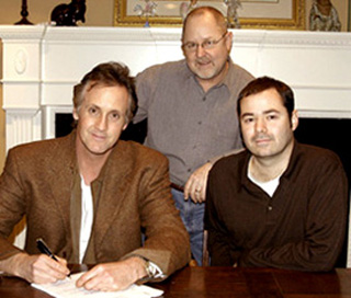 Stan Lynch signing his publishing deal with Sony/ATV.