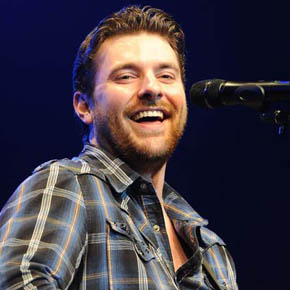 Chris Young performing live