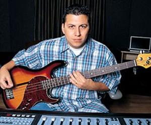 Mike Elizondo