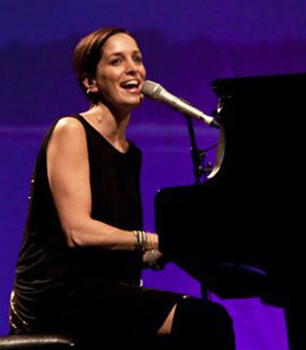 Chantal Kreviazuk performing live.