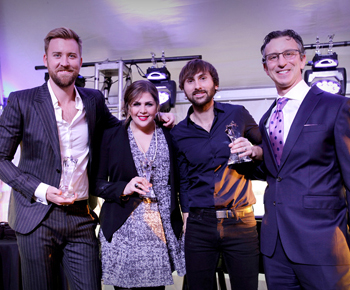 David Israelite with Charles Kelley, Hillary Scott & Dave Haywood of Lady Antebellum.